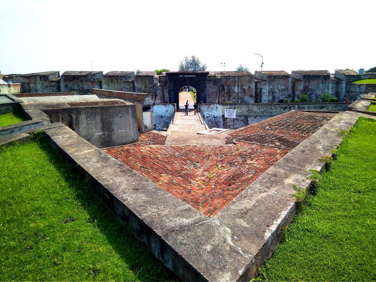 Menelusuri Warisan Sejarah di Bengkulu